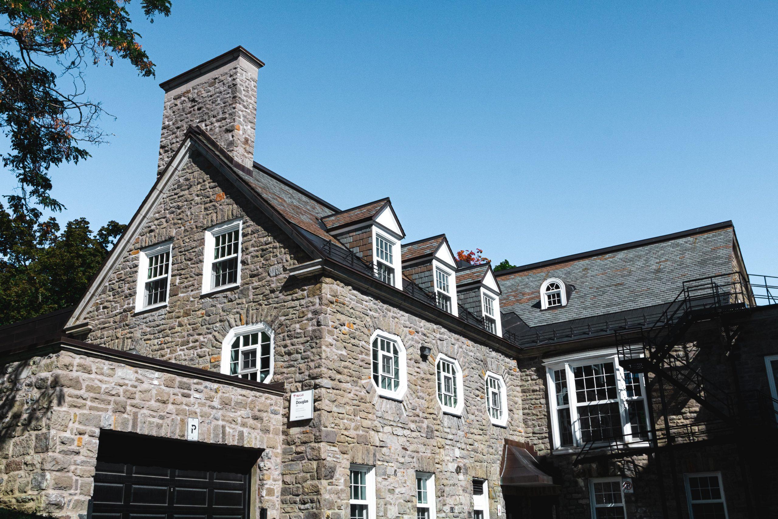 Rainville Douglass Hall édifice historique